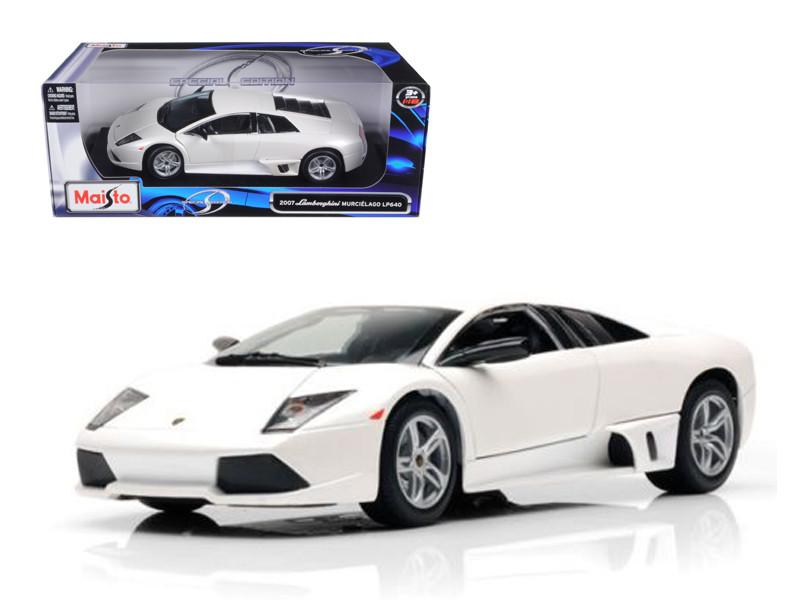 2007 Lamborghini Murcielago LP640 White 1/18 Diecast Model Car by Maisto