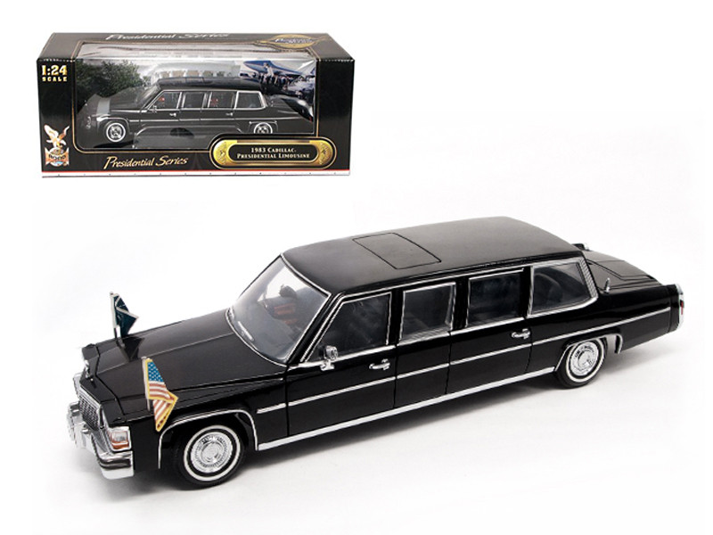 1983 Cadillac Fleetwood Presidential Limousine With Flags 1/24 Diecast Car Model Road Signature 24098
