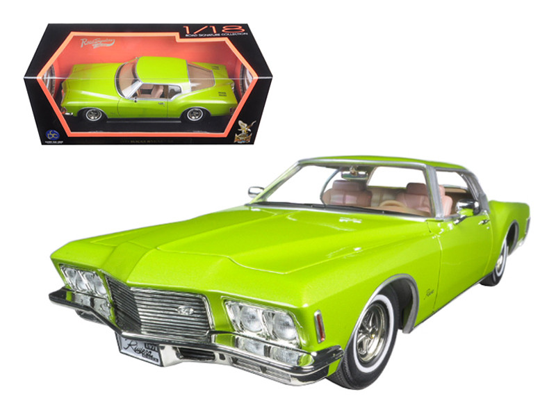1971 Buick Riviera GS Green 1/18 Diecast Model Car Road Signature 92558