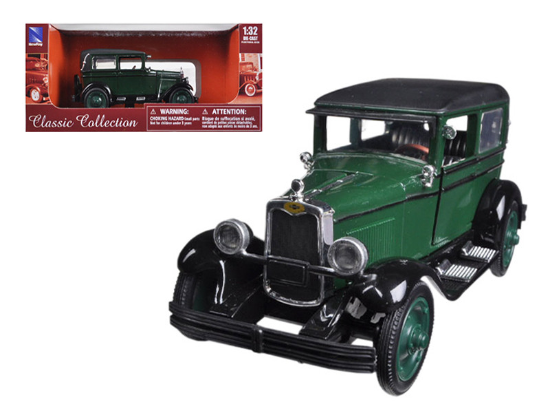1928 Chevy Imperial Lanau (4-Door) Green 1/32 Diecast Model Car by New Ray