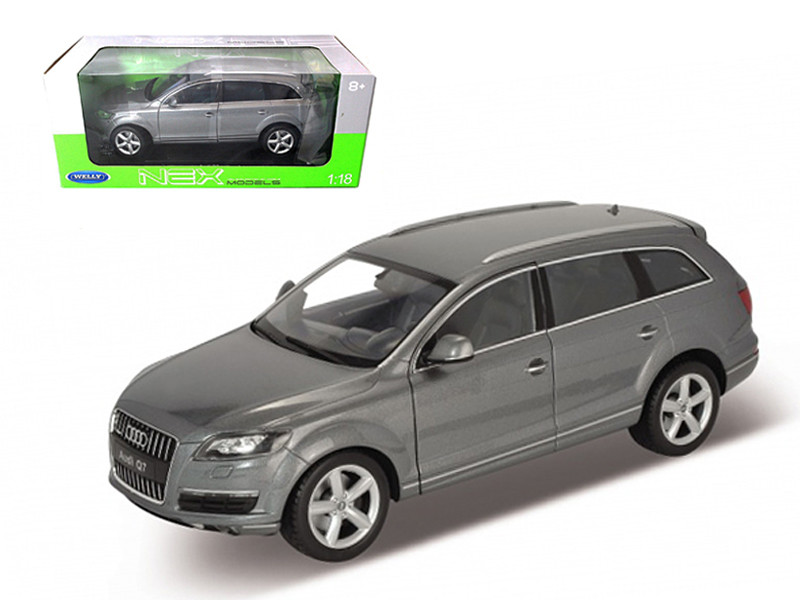Audi Q7 Grey 1/18 Diecast Car Model Welly 18032