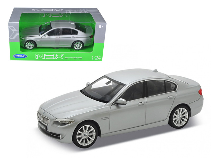 2010 BMW (F10) 535i 5 Series Grey 1/24 Diecast Car Model Welly 24026