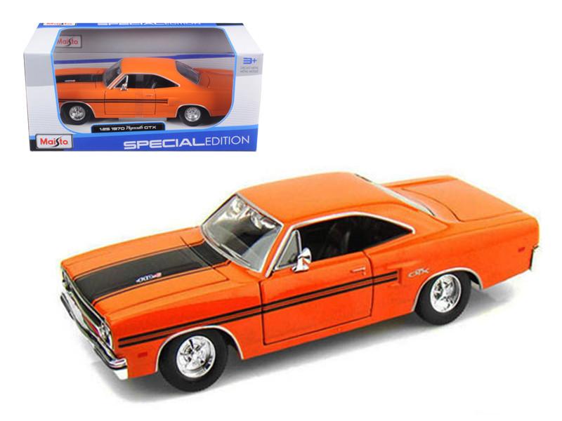 1970 Plymouth GTX Orange 1/25 Diecast Model Car by Maisto