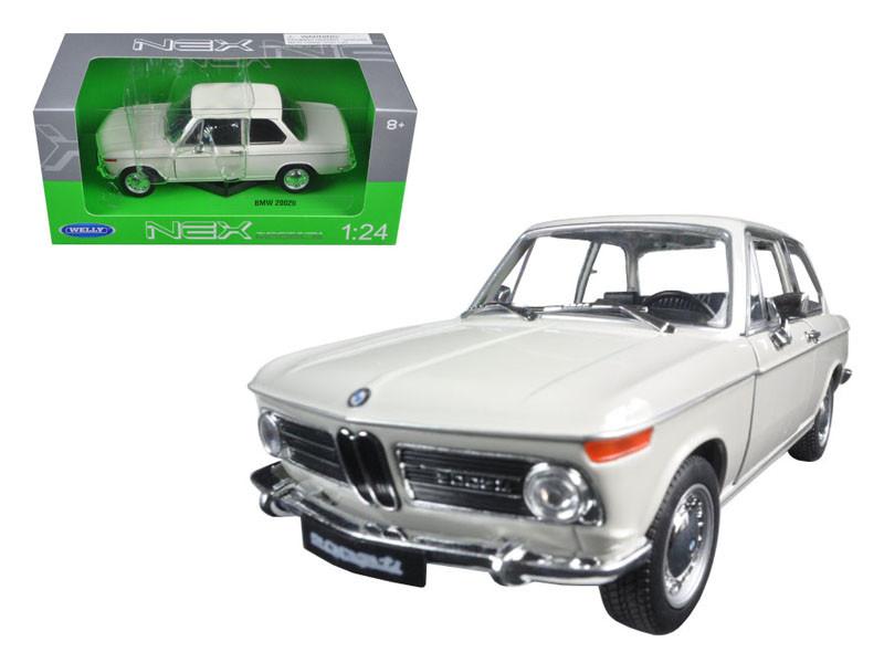 2002 BMW Ti Cream 1/24 Diecast Model Car by Welly