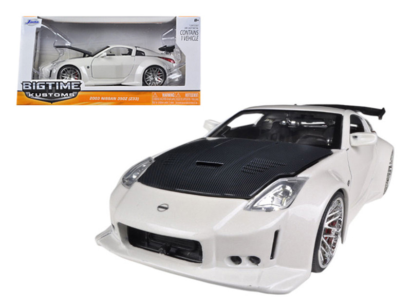 2003 Nissan 350Z White 1/24 Diecast Car Model by Jada