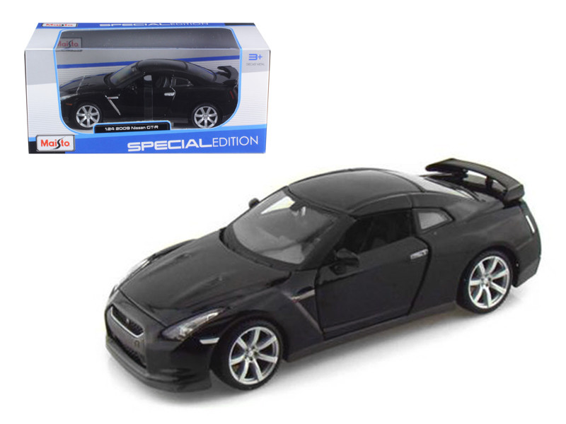 maisto 2009 nissan gt r r35 1 24 diecast car model ebay. Black Bedroom Furniture Sets. Home Design Ideas