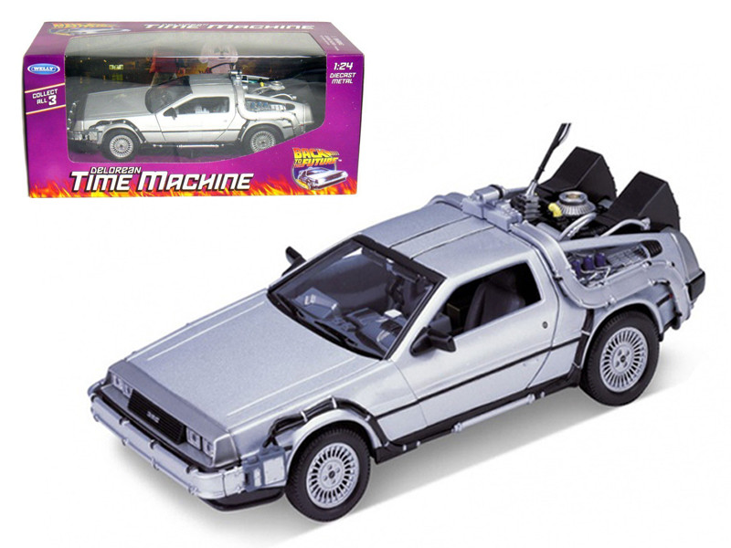 "Delorean From Movie \Back To The Future 1"" 1/24 Diecast Model Car by Welly"""""""