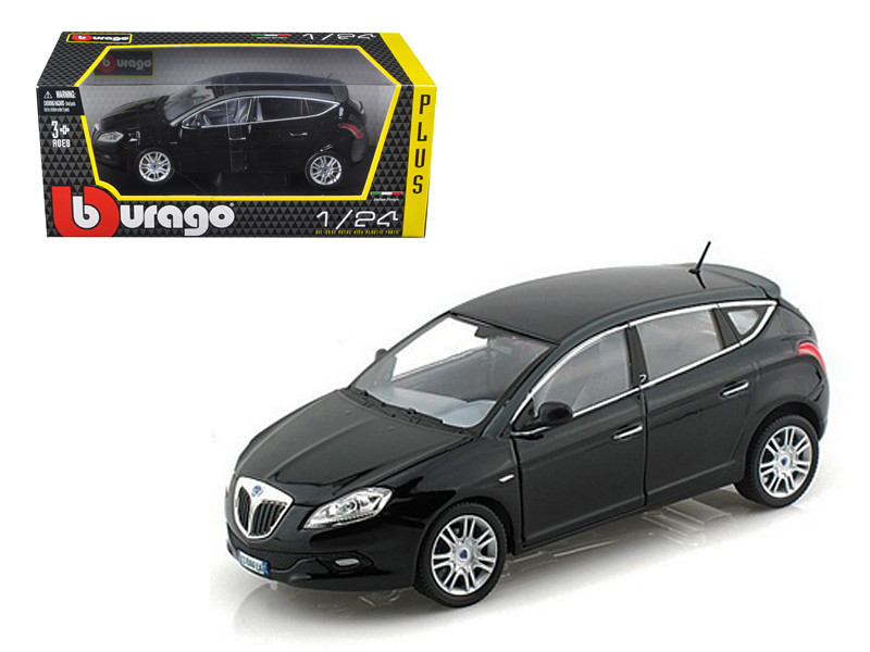 Lancia New Delta HPE Black 1/24 Diecast Car Model Bburago 21068