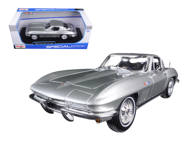 1965 Chevrolet Corvette Silver 1/18 Diecast Model Car Maisto 31640