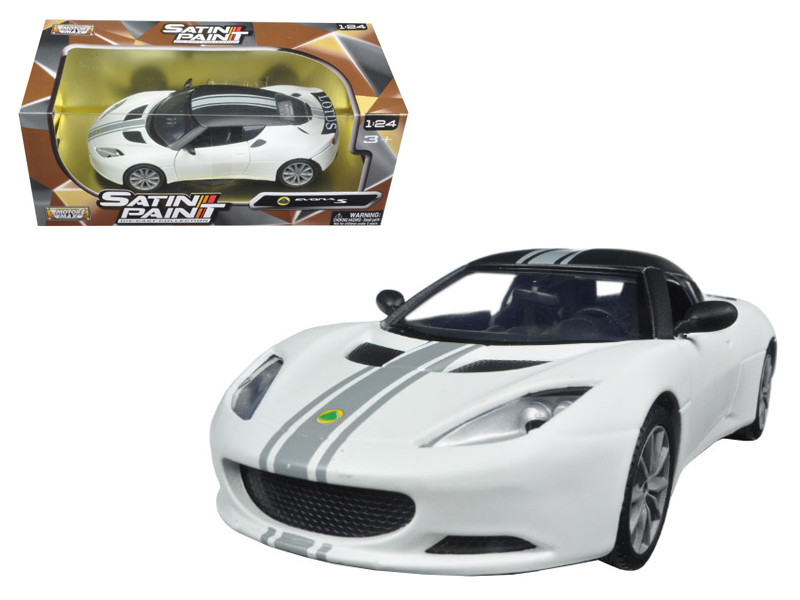 Lotus Evora S Matt White 1/24 Diecast Model Car Motormax 79505