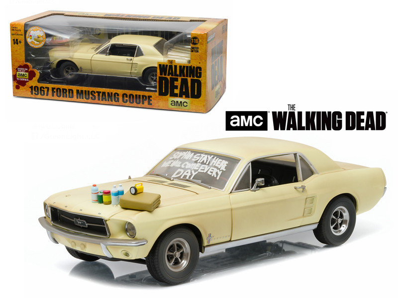 1967 Ford Mustang Coupe The Walking Dead 2010-2015 TV Series Sophia Message Car with Hood Accessories 1/18 Diecast Model Car Greenlight 12958