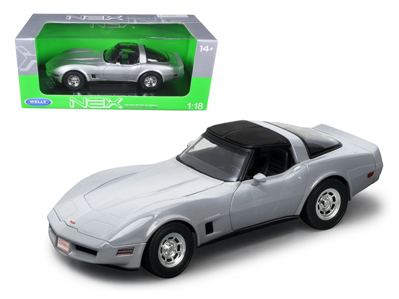 1982 Chevrolet Corvette Silver 1/18 Diecast Car Model Welly 12546