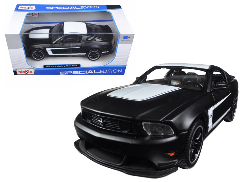 2011 Ford Mustang Boss 302 Matt Black 1/24 Diecast Model Car Maisto 31269
