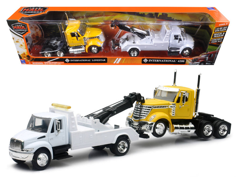 International 4200 Tow Truck White and International Lonestar Cab Yellow 1/43 New Ray SS-15073