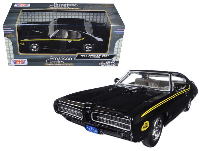 1969 Pontiac GTO Judge Black 1/24 Diecast Model Car Motormax 73242