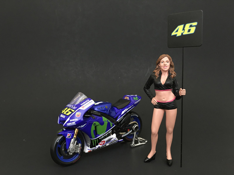 Paddock Girl Figure For 1:24 Scale Models American Diorama 77487