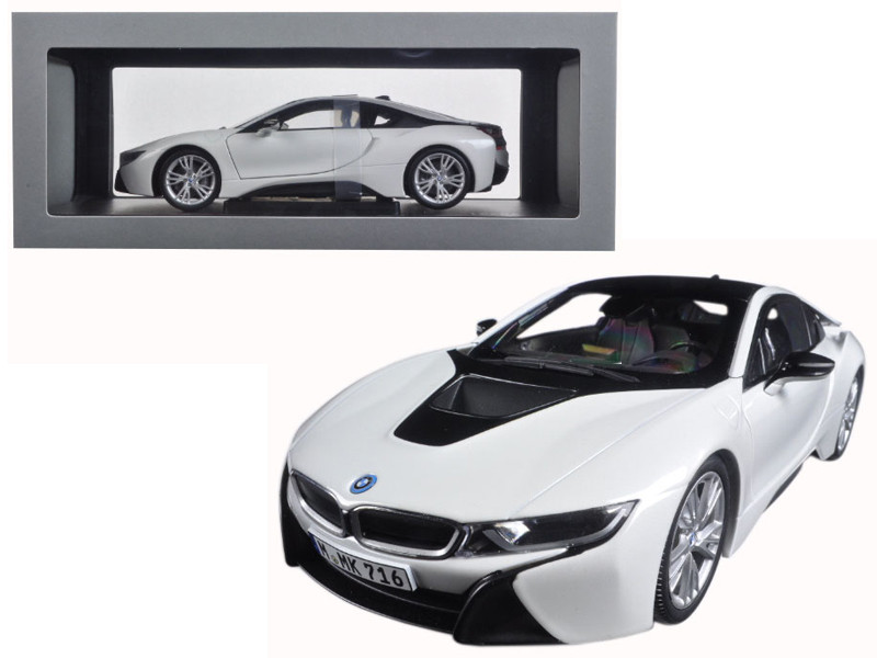 BMW i8 Crystal White and Frozen Grey 1/18 Diecast Model Car Paragon 97083