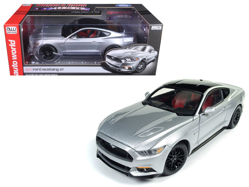 2017 Ford Mustang Gt 5.0 Ingot Silver and Optional Black Roof Limited Edition to 1002pcs 1/18 Diecast Model Car Autoworld AW237