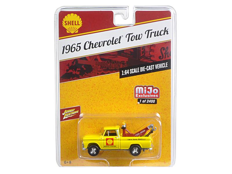 1965 Chevrolet Tow Truck Shell Yellow 1/64 Diecast Model Car Johnny Lightning JLCP7017