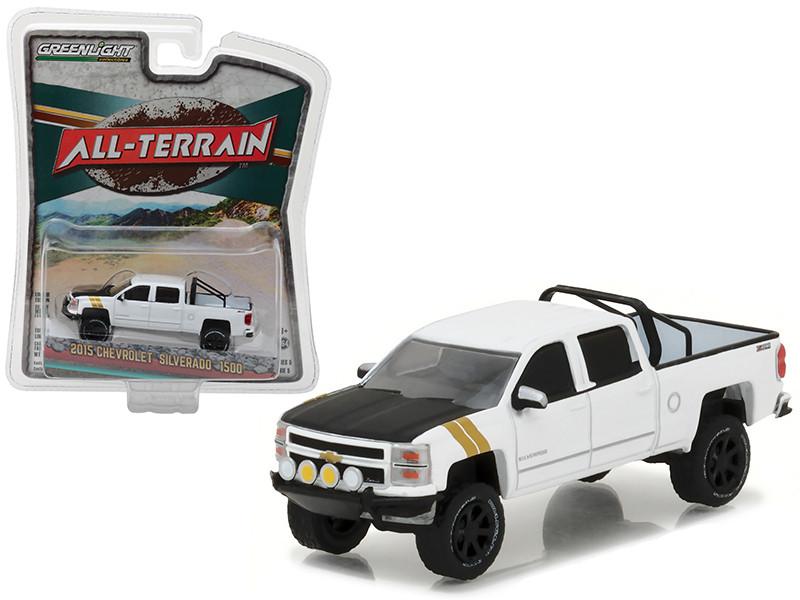 2015 Chevrolet Silverado 1500 White Pickup Truck All Terrain Series 5 1/64 Diecast Model Car Greenlight 35070 E