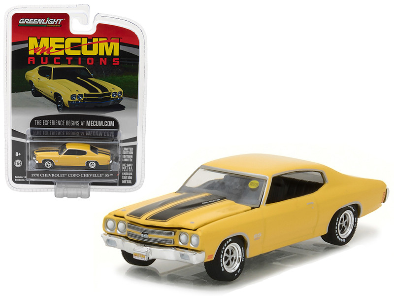 1970 Chevrolet COPO Chevelle SS Daytona Yellow Mecum Auctions Collector Series 1 1/64 Diecast Model Car Greenlight 37110 E