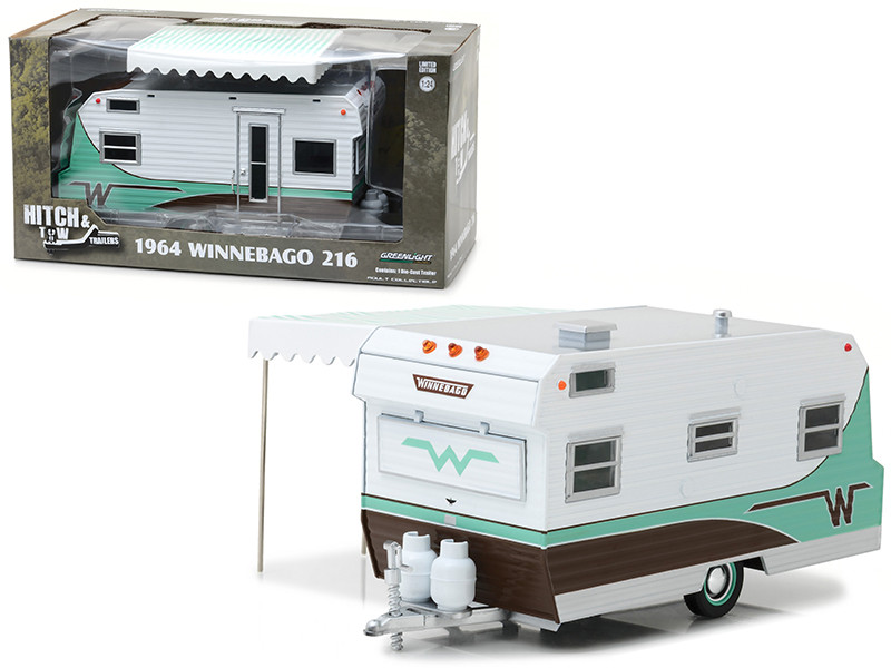 1964 Winnebago 216 Travel Trailer Green Hitch and Tow Trailers Series 3 for 1/24 Scale Model Cars and Trucks 1/24 Diecast Model Greenlight 18430 B