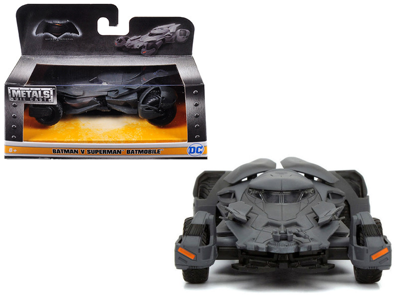 Batman VS Superman Movie Batmobile 1/32 Diecast Model Car Jada 98245