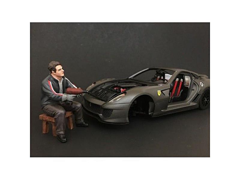 Chop Shop Mr. Lugnut Figure for 1:24 Scale Models American Diorama 38262