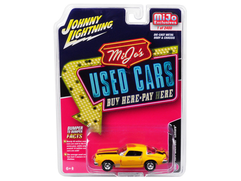 1977 Chevrolet Camaro Weathered Yellow Black Stripes Used Cars Series Limited Edition 2400 pieces Worldwide 1/64 Diecast Model Car Johnny Lightning JLCP7084