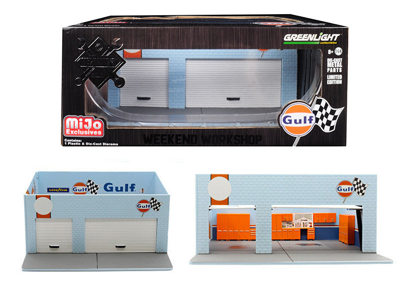 Mechanic's Corner Gulf Weekend Workshop Diorama Limited Edition 1200 pieces 1/64 Scale Models Greenlight 51161