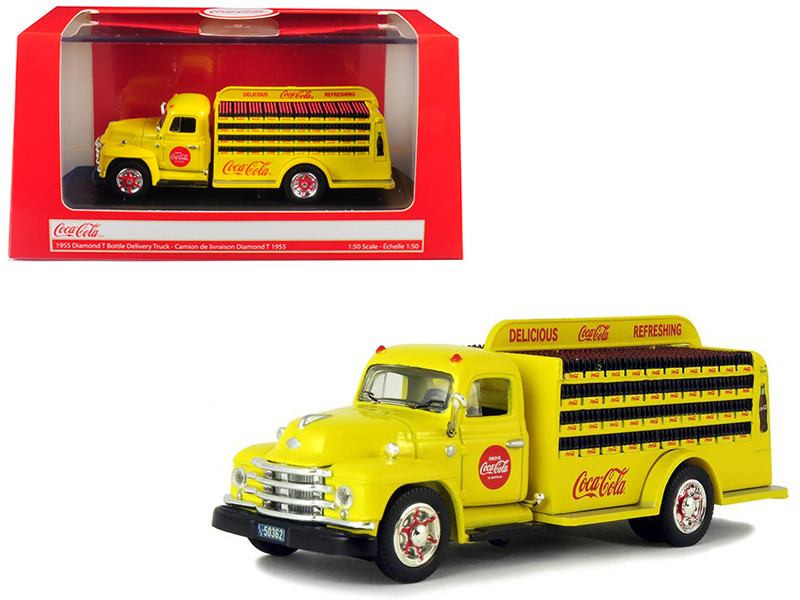 1955 Diamond T Bottle Delivery Truck Coca Cola Yellow 1/50 Diecast Model Car Motorcity Classics 450055