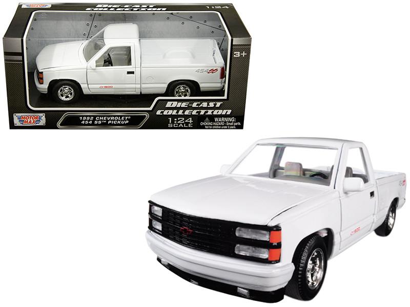1992 Chevrolet 1500 SS 454 Pickup Truck White 1/24 Diecast Model Motormax 73203
