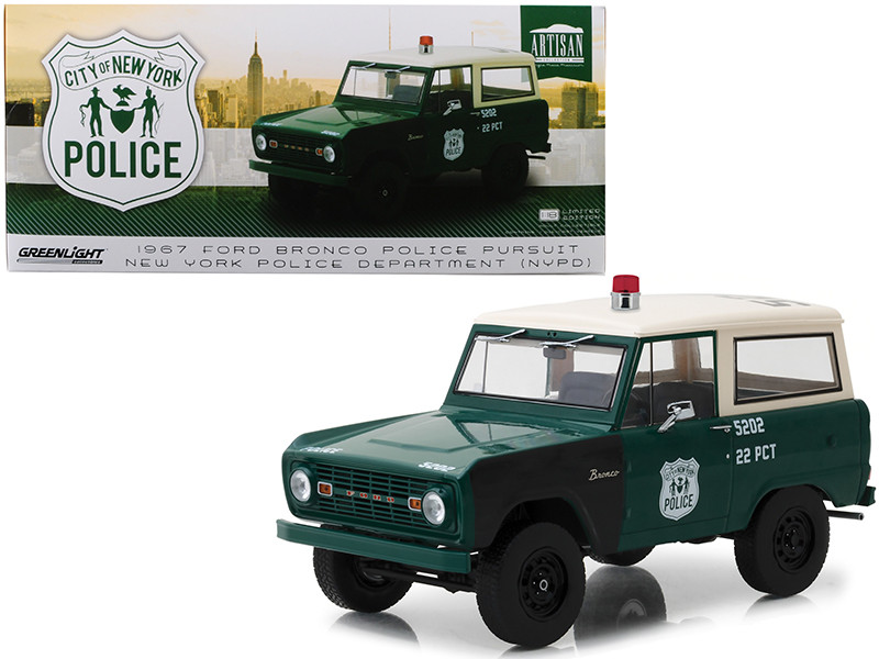 1967 Ford Bronco New York City Police Department NYPD Green Cream Top 1/18 Diecast Model Car Greenlight 19036