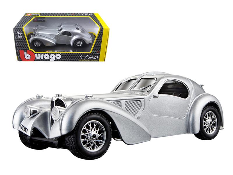 Bugatti Atlantic Silver 1/24 Diecast Car Model BBurago 22092
