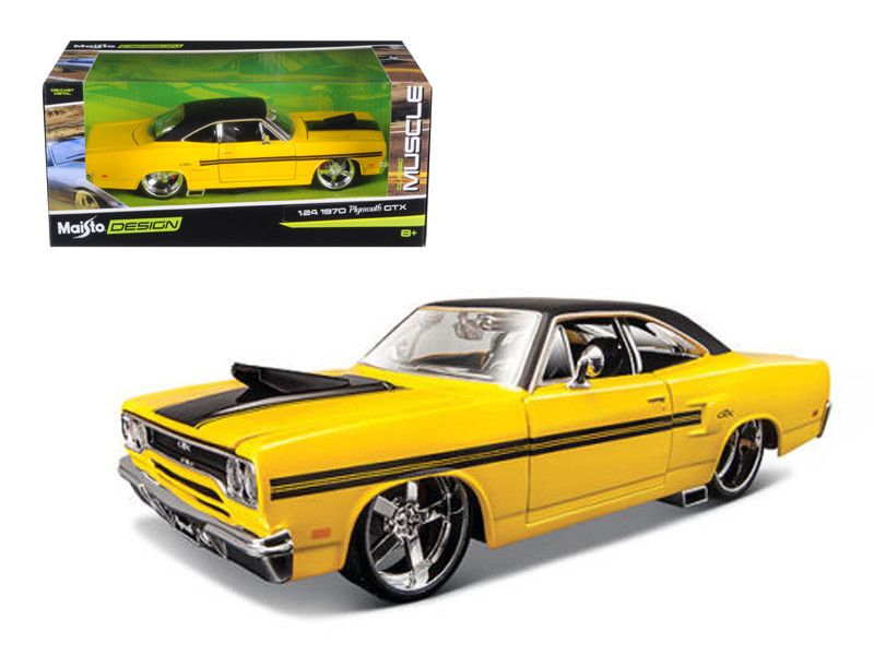 """1970 Plymouth GTX Yellow \Classic Muscle\"""" 1/24 Diecast Model Car by Maisto"""""""""""""""