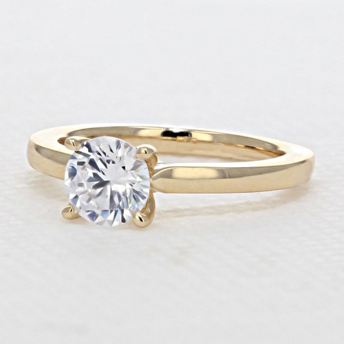 Solitaire Engagement Ring with Moissanite (SO11-M)