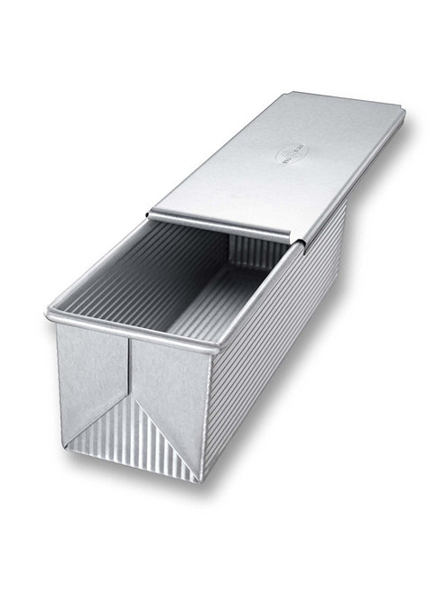 USA Pan Bakeware Aluminized Steel Pullman Loaf Pan with Cover, 13 x 4-Inch