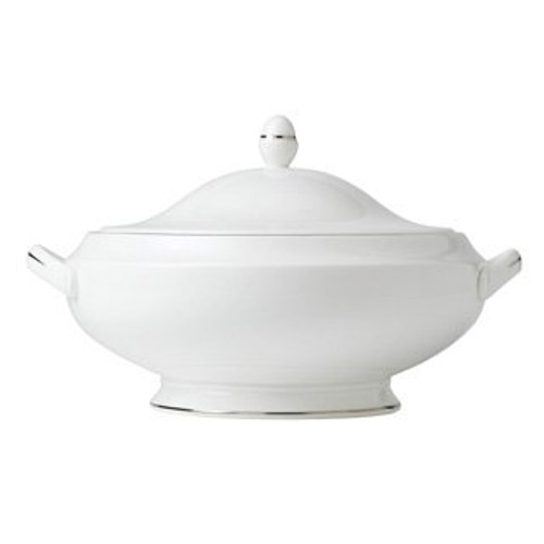 Wedgwood Signet Platinum #501671 Covered Vegetable - Round