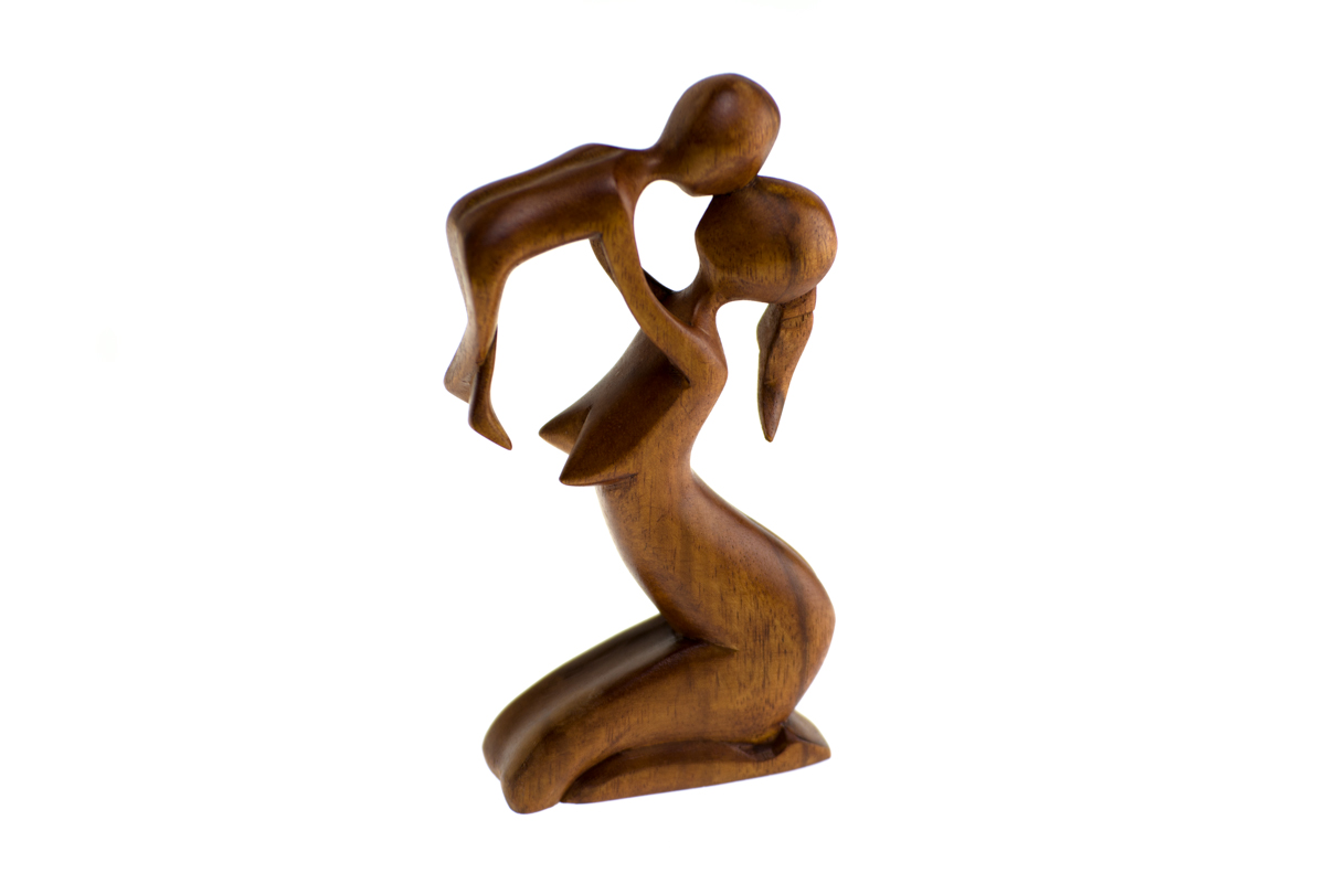 hand-carved-wooden-sculpture.-bountiful-bubs.jpg