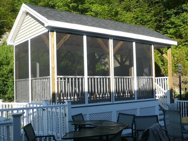 2screen-panels-on-porch.jpg