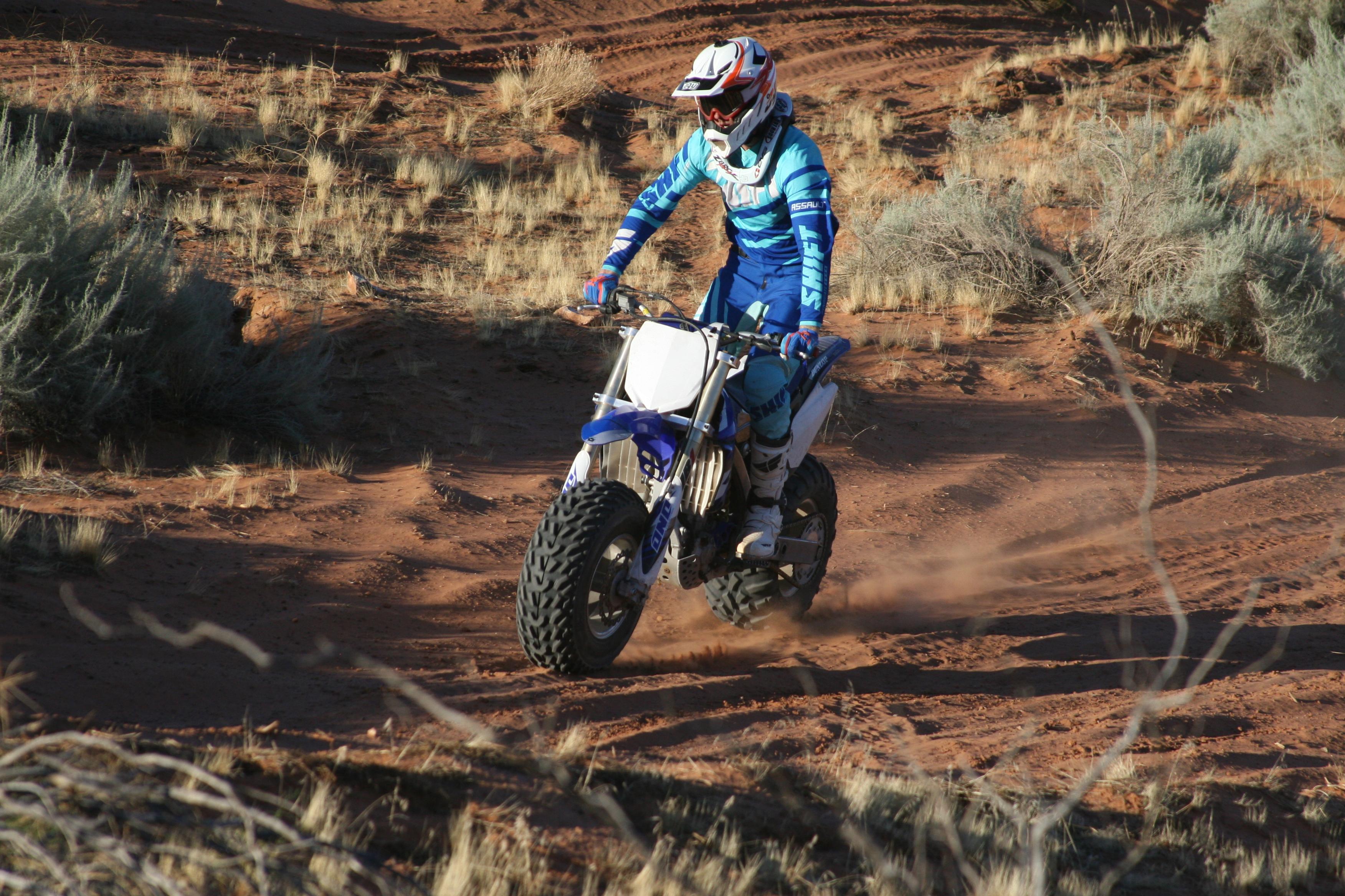 Big Wheel Conversion Yz Carey on Yamaha Warrior 350 Racing