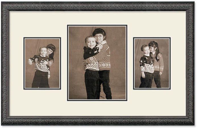 Imperial Black Collage frame, 3-openings, 2 sizes with off white double mat