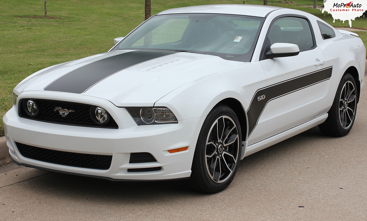 FLIGHT : Ford Mustang 2013+ MoProAuto Pro Design Series Vinyl Graphics and Decals Kit