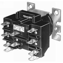 Honeywell R8228B1012 24V 16Amp Spdt Switching Relay