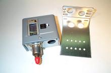 Johnson Controls P170DA-1 50/450# M/R Open-Hi,Pressure Switch