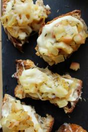 Caramelized Onion and Apple Crostini