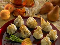 Duck with Apricot in Phyllo Beggar's Purse - 50 pieces per tray