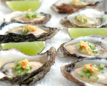 Emerald Cove Oysters - 25 count