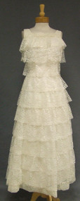 FAB Tiered Ivory Lace 1960's Wedding Dress