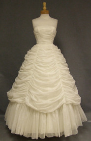 OUTSTANDING Draped Ivory Chiffon Vintage Wedding Gown